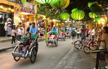 lanterns in Hoi An Old Town at night
